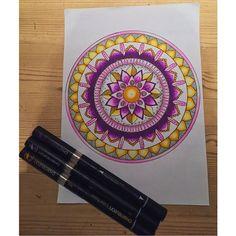 Stunning mandala piece by @mandalas.by.m using their Chameleon Pens! #mandala #art #artwork #colour #color #colouring #coloring #pattern #detail #pen #marker #alcoholmarkers #chameleonpens