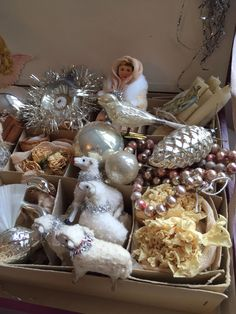 Lovely antique Putz sheep & christmas glass ornaments from my collection. jennysvitavillervalla.blogspot.se