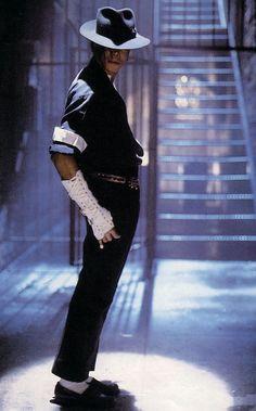 Resultado de imagen para michael jackson bailando black or white