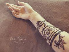 Modern baroque Henna tattoo art by Annabell Radisch from Ars Rava (Dresden / Sachsen) www-ars-rava.de
