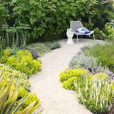 I like the plants edging the gravel path here...