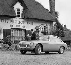1965 MGB GT press photo