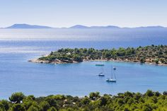 A great guide to Croatia's islands, including some of the lesser-known ones | Pictured: Kosirina Bay, Island Murter