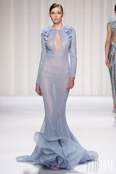 Evening gown, couture, evening dresses, formal and elegant Abed Mahfouz Couture Spring Summer 2013 High Fashion Haute Couture glamour featured fashion Abed Mahfouz, Rome Fashion, High Fashion, Fashion Show, Fashion Design, Women's Fashion, Beautiful Gowns, Beautiful Outfits, Couture Fashion