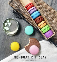 diy clay using flour and glue Clay Dolls, Diy Clay, Some Fun, Projects, Crafts, Meditation, Food, Decoration, Log Projects