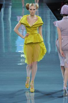 Christian Dior Fall 2008 Couture Fashion Show - Heidi Mount