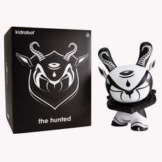 Kidrobot - The Hunted by Colus 8 inch Dunny Toy Packaging, Packaging Design, Vinyl Toys, Vinyl Art, Vinyl Figures, Action Figures, Designer Toys, Logo Branding, Pop Art