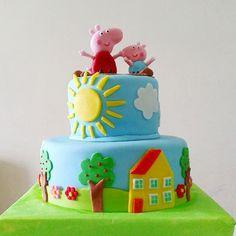 "Peppa <span class=""emoji emoji2665""></span> torta de 1/2kg <span class=""emoji emoji2665""></span> #alfajoritos #tortas #peppapigcake #tortadepeppa #peppa #cake #cumpleaños ..."