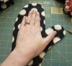 Just Crafty Enough – Project – Reversible Fleece Mittens