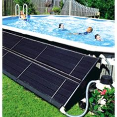 Swimming pool solar covers allow you to save money while keeping your pool warm. Browse LinerWorld's selection of and round and oval solar pool covers! Above Ground Pool Decks, In Ground Pools, Above Ground Pool Heater, Above Ground Pool Landscaping, Diy In Ground Pool, Rectangle Above Ground Pool, Above Ground Swimming Pools, Piscina Diy, Spa Hotel
