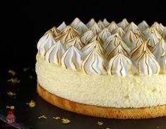 Zitronenbaiserwolkenkuchen - Ôdélice d& - - Sweet Recipes, Cake Recipes, Dessert Recipes, Meringue Desserts, Cloud Cake, French Pastries, Pastry Cake, Pumpkin Cheesecake, Pumpkin Dessert