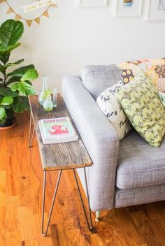 couch, side tabl