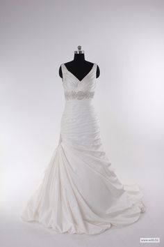bohemian wedding Fashionable v-neck empire waist satin wedding dress $318.98