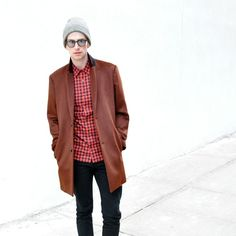 #style #men #wear #street #red #brown #glasses #white