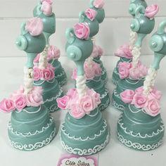 Derrama flores@para Alice #princesa2cleosilva Wedding Cake Cookies, Wedding Cakes, Alice, Desserts, Instagram, Personalised Sweets, Enchanted Garden, Flowers, Wedding Gown Cakes
