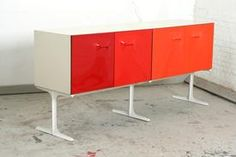 Rare vintage Raymond Loewy sideboard/cabinet DF2000