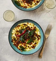 Recipes for New Year gatherings: Yotam Ottolenghi's Yoghurt rice with chana dal and curry leaf oil (pictured above) Lentil Recipes, Veggie Recipes, Appetizer Recipes, Vegetarian Recipes, Appetizers, Ottolenghi Recipes, Yotam Ottolenghi, Cooking For Three, Tarte Tatin