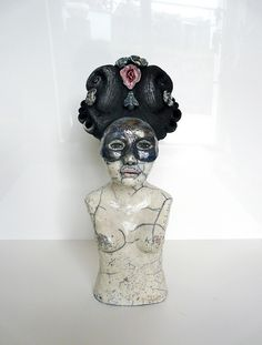 Queen Mother // ceramic sculpture raku