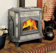 Woodstock Soapstone Fireview Wood Stove