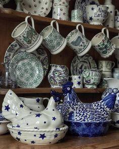 Emma Bridgewater Pottery, Vintage Tea Parties, Pink Vans, Pip Studio, Blue Walls, Hens, Tea Party, Dresser, Tableware