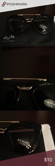 Black Sunglasses with Gold Detail Cute sunnies! Accessories Glasses