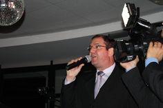 O MC Alexandre Pittoli veio de Bauru especialmente para apresentar a festa!