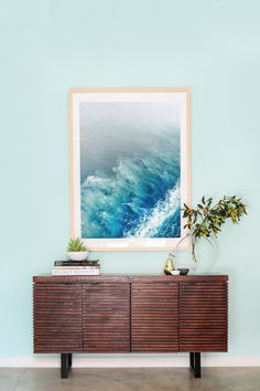 HOME TOUR: Whitney Port's California Beach Style Screening Room | Whether you're decorating your own screening room or main living room, this modern beachy home is filled with inspiration. Check out the full gallery...