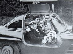 Pablo Picasso In A 1956 300SL Gullwing ...