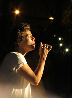 Image in Harry Styles collection by strong ♡ on We Heart It Harry Styles Songs, Harry Styles Baby, Harry Styles 2013, Harry Edward Styles, One Direction Imagines, I Love One Direction, Most Beautiful People, Beautiful Person, Frat Boy Style