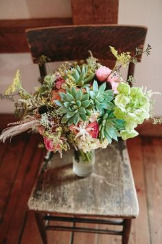 (Whimsical Illinois Barn Wedding Ruffled) via designlovely.tumblr.com