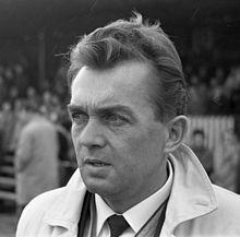 Ernst Happel – 1965 Österreich Hamburger Sv, Trainer, Youtube, People, November, Legends, Politicians, November Born, People Illustration