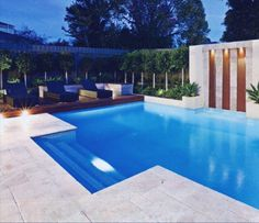Having a pool sounds awesome especially if you are working with the best backyard pool landscaping ideas there is. How you design a proper backyard with a pool matters. Backyard Pool Landscaping, Swimming Pools Backyard, Swimming Pool Designs, Landscaping Tips, Piscina Spa, Pool Paving, Travertine Pavers, Limestone Pavers, Flagstone Pavers