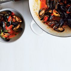 Steamed Mussels with Tomato and Chorizo Broth Recipe. >> made w/ Pinot Grigio & would try it without fennel seeds next time