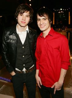 Ryan Ross Photos Photos - Guitarist Ryan Ross (L) and frontman Brendon Urie of the band Panic! at the Disco, pose before performing at a housewarming party for Sacramento Kings co-owner Gavin Maloof October 25, 2007 in Las Vegas, Nevada. (Photo by Ethan Miller/Getty Images) * Local Caption * Ryan Ross;Brendon Urie - Gavin Maloof's Exclusive Housewarming Party