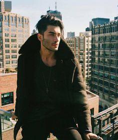 "1,395 Likes, 23 Comments - Toni Gabriel Mahfud PL (@tonimahfudpoland) on Instagram: ""New York City vibes  @tonimahfud #tonimahfud #artist #newyork #nyc #nycview #newyorkvibes"""