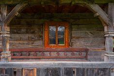 adelaparvu.com despre case din lemn maramuresene, case restaurate Maramures, Breb, Foto Dragos Asaftei (9) Old Houses, Romania, Woodworking, Traditional, Interior, Design, Home Decor, Houses, Pictures