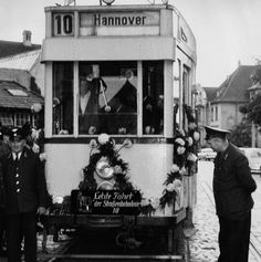 1961: Die letzte Fahrt der Linie 10 (Behnke) Documentary, New York, Places, Photos, Painting, Image, Historical Photos, Hannover, Line
