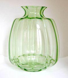 Green optical vase design A.D.Copier