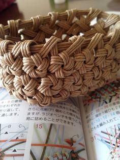 ハンドメイド:花結び編みの練習