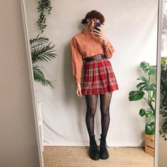 Wear this tucked into high waisted bottoms or loosely over a cute outfit! Retro Outfits, Vintage Outfits, Cool Outfits, Casual Outfits, 80s Fashion, Vintage Fashion, Fashion Outfits, Aesthetic Fashion, Aesthetic Clothes