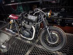 Há alguns anos, a onda retrô tem influenciado o mercado global de motos. Motociclistas, oficinas independentes e marcas buscaram inspirações em modelos antigos para ...