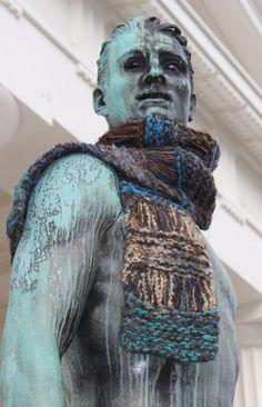 013 Buddha, Knitting Scarves, Statue, Vienna, Men, Guys, Sculptures, Sculpture