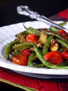 Green Beans, Tomatoes and Almonds with Sumac