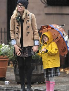 Michelle  Williams, total hipster mom.