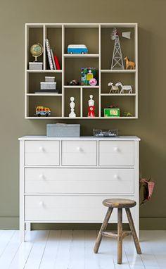 Girls' bedrooms (storage ideas)