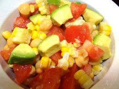 #sponsored Delicious Sunshine Sweet Corn/Avocado Summer Salad. Easy to make and wonderful for a side dish to bring to a party!  #SweetLife