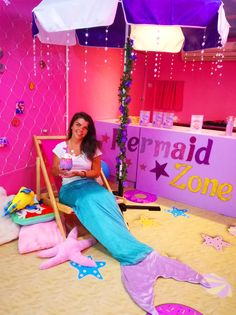 There is a Mermaid Café in Bangkok and it is all you ever wanted! Rustic Coffee Shop, Unicorn Cafe, Pastel Grunge, Kawaii, Bangkok, Breathe, Thailand, Mermaid, Live