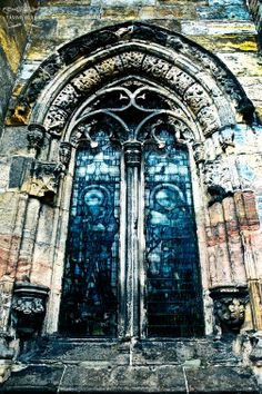 Roslin Chapel, Scotland....... who doesn't want to solve the mistery