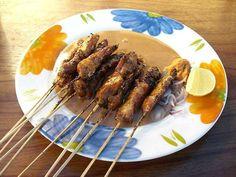 Recettes de brochettes satay et riz frit nasi goreng comme à Bali