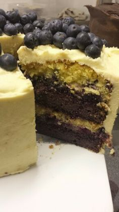 Blueberry and Lime layer cake